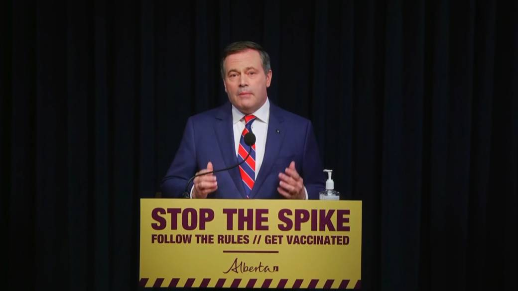Click to play video: 'Premier Kenney announces new COVID-19 restrictions in Alberta'