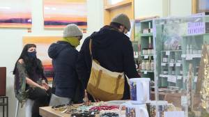 Annual art show and sale good news for a group of Kingston-area artisans. (02:11)