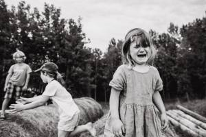 Local photographers find beauty in chaotic family moments