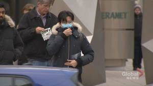 Coronavirus: Should Quebecers wear masks when out in public?