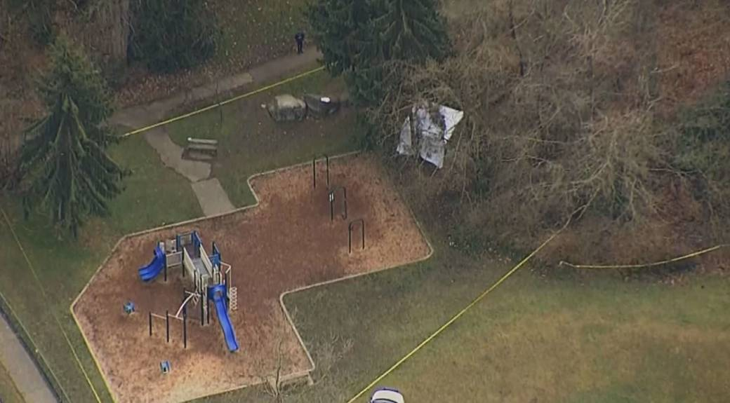 Click to play video: 'IHIT investigating after burnt body found in Burnaby park'