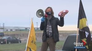 Cargill workers' union protests as plant near High River reopens (03:24)