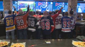 Last call at Gretzky's bar in Toronto after 27 years (02:29)