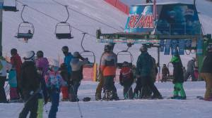 Edmonton ski hills seeing big boost in business (01:52)