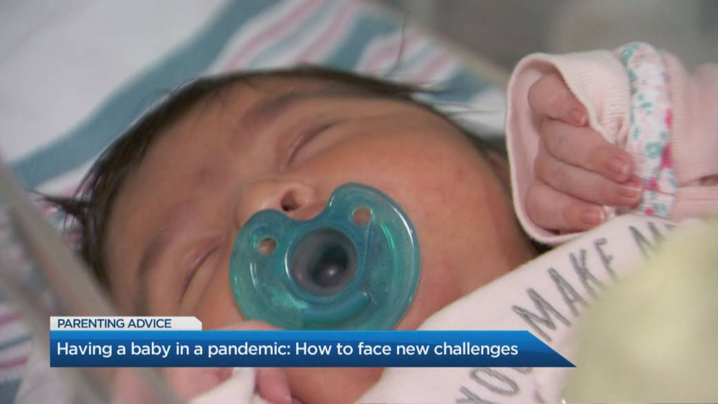 Click to play video: 'What to expect when you're expecting during the pandemic: Parenting tips for new moms'