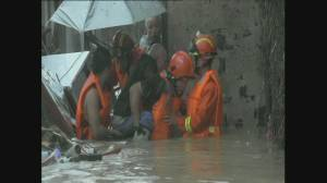 Raw video: China continues to suffer effects of Typhoon Fitow