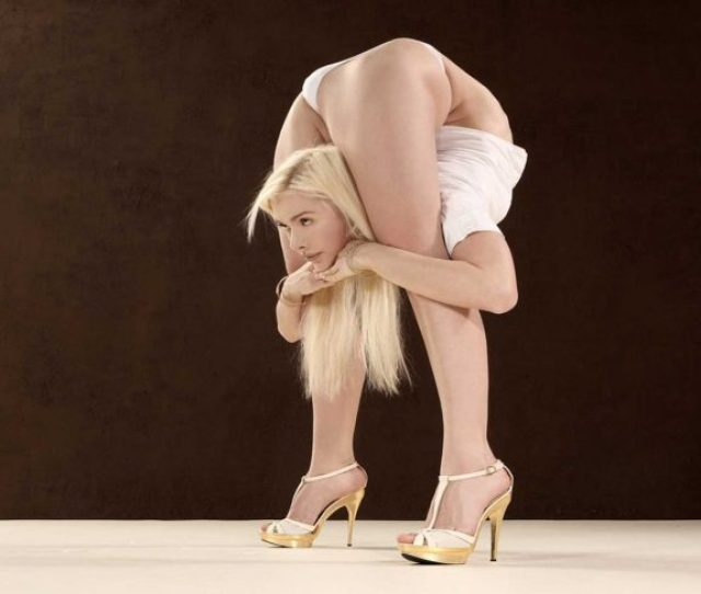 When Shes Not Forcing Jaws To Hit The Floor At Parties For Maserati Ferrari And Porsche Contortionist Julia Gunthel Aka Zlata Is Making Your Yoga Routine