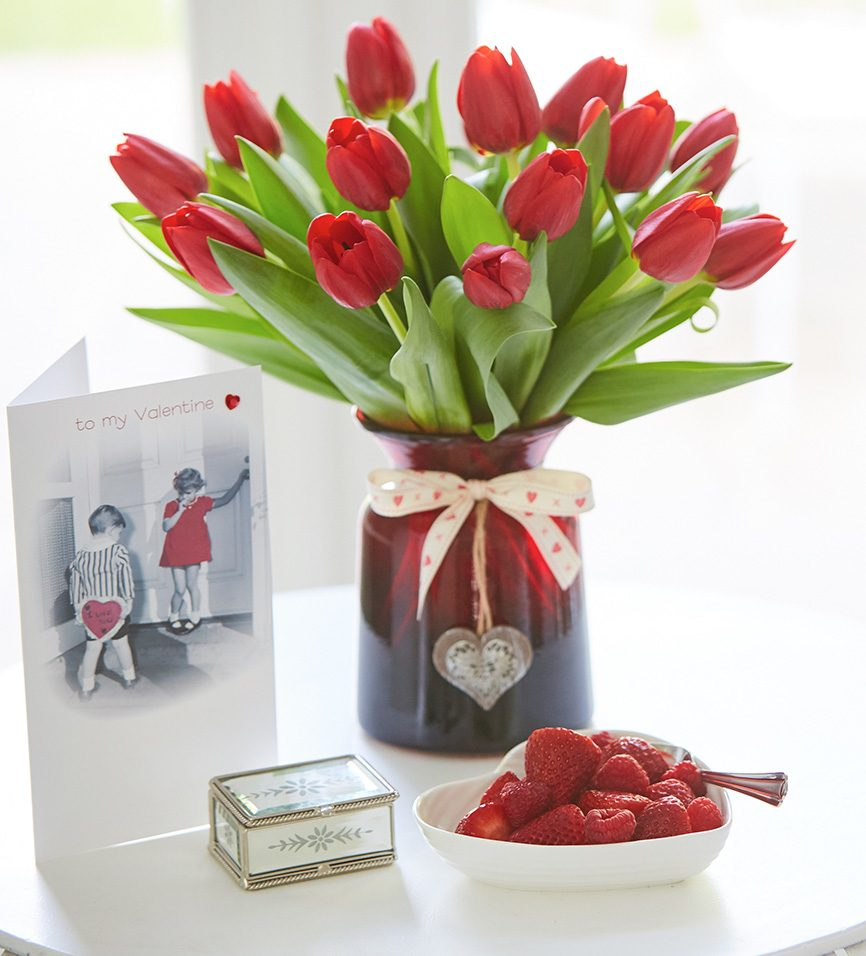 Best Valentines Day Gifts For Her What To Gift Her On