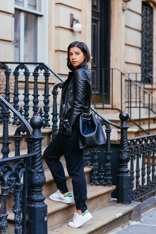 Hannah Bronfman-athleisure-blackleatherjacket-bucketbag