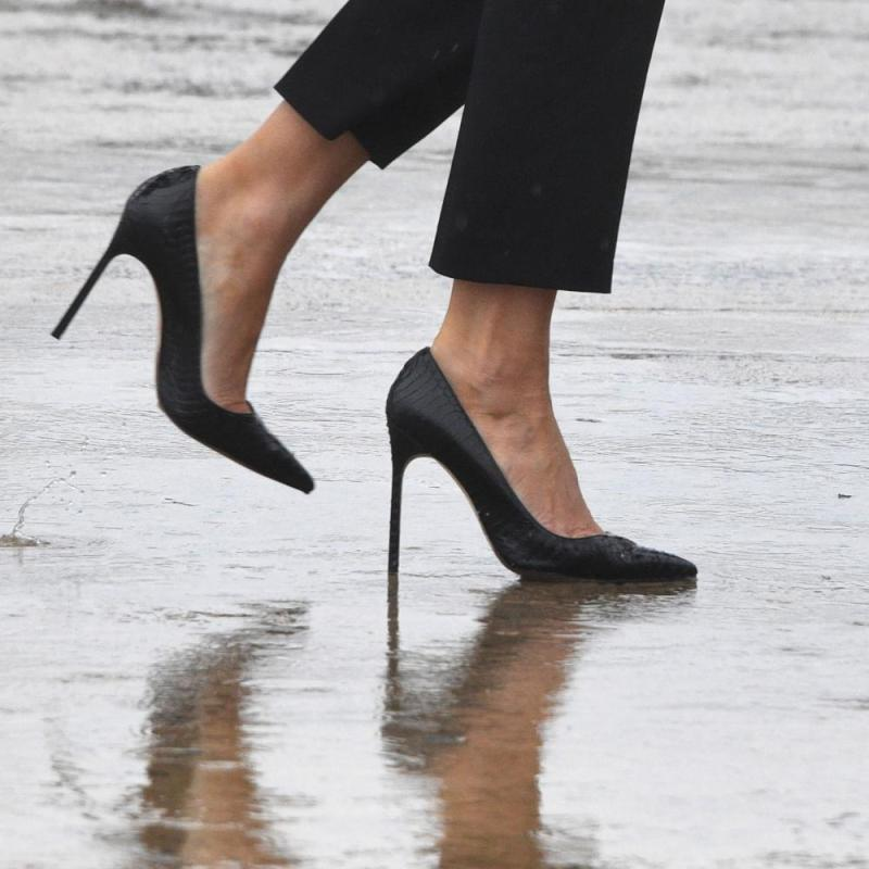 Melania Trump in heelgate.