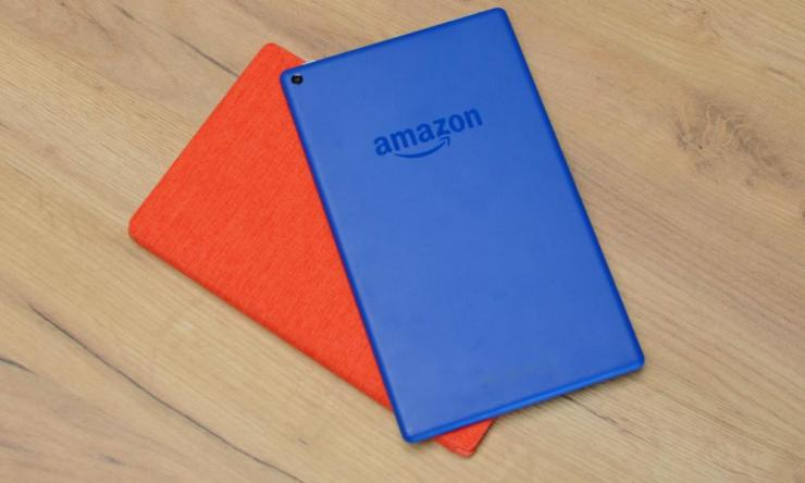 the back of the fire hd 10 tablet in blue