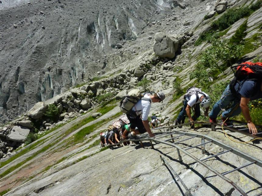 The glacier Mer de Glace has lost 80m of depth in the past 20 years. Visitors now have to use ladders climb down onto it.