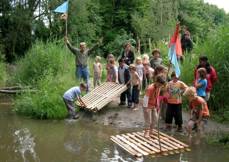 Kids go wild at Rotterdam's Natuurspeeltuin de Speeldernis park