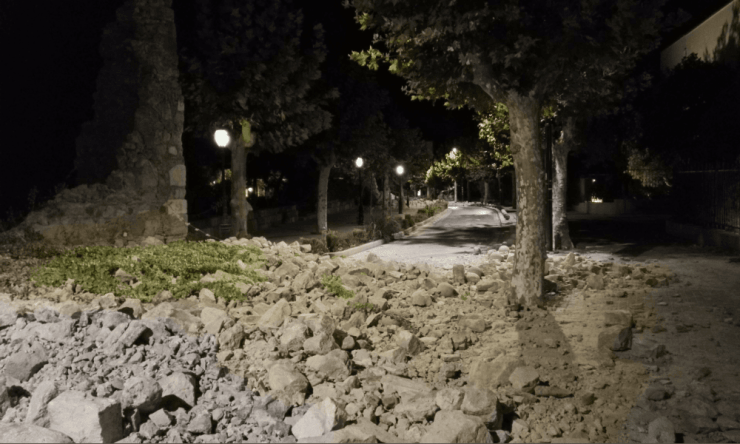 Roads near Bodrum blocked in the aftermath of the quake.
