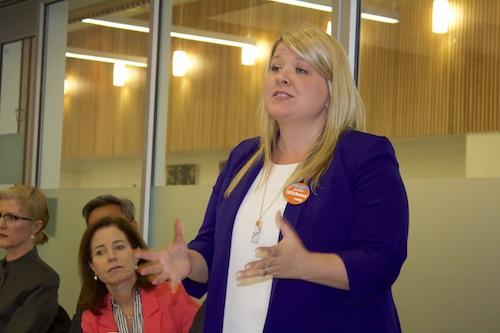 گزارشی از جلسهٔ پرسش و پاسخ نامزدهای سه حزب اصلی در منطقهٔ ترای–سیتیز