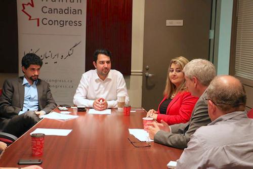 گفتوگوی رسانههای فارسیزبان با چارلز انگس، بهدعوت کنگرهٔ ایرانیان کانادا