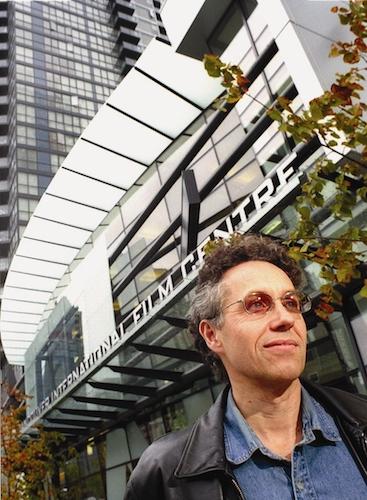 خسته از هالیوود، دلبسته به سینمای شرق - گفتوگو با اَلن فرنی، مدیر بخش برنامهریزی بینالمللی ویف