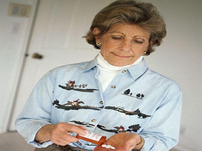 News Picture: HRT Won't Lower Women's Alzheimer's Risk, Study Finds