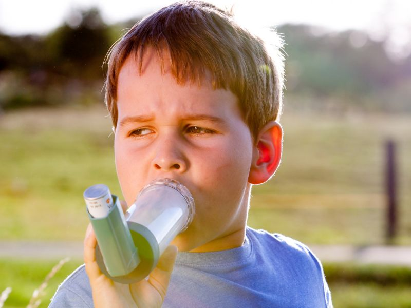 News Picture: Asthma Inhalers Incorrectly Used by Most Kids in Study