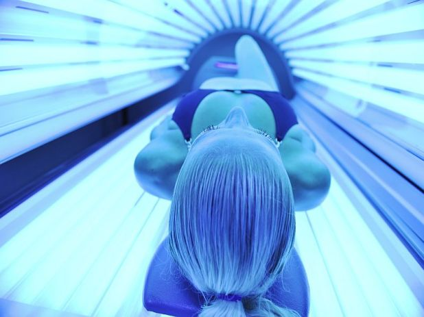 News Picture: 1 in 5 Young Women Who Tan Indoors Get Addicted
