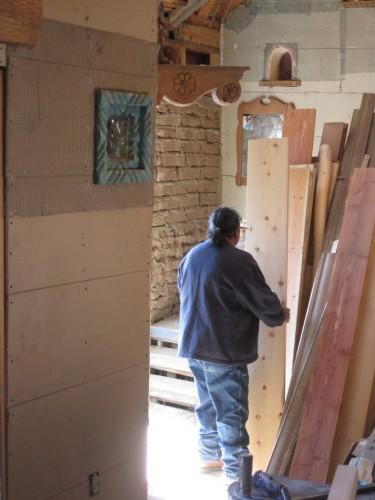 isabro unloading lumber
