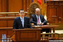 Victor Ponta si Traian Basescu, la sedinta solemna din Parlament