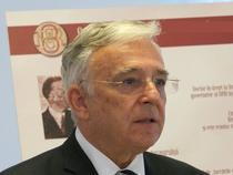 Mugur Isarescu, Guvernatorul Bancii Centrale