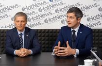 Dan Barna si Dacian Ciolos in studioul HotNews.ro