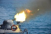 Trageri cu tunul antiaerian AK620