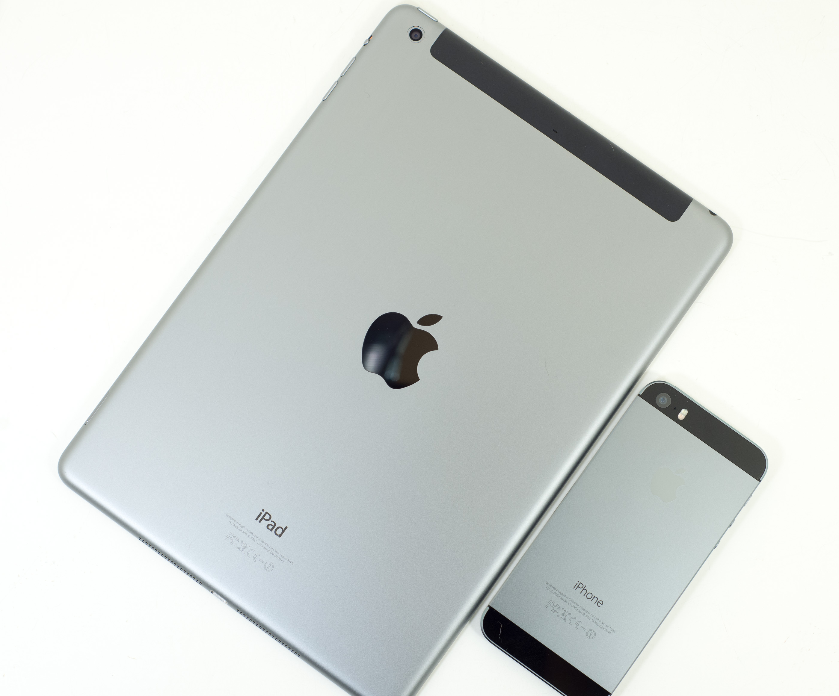 iPad Air iPhone 5 (AnandTech 001)
