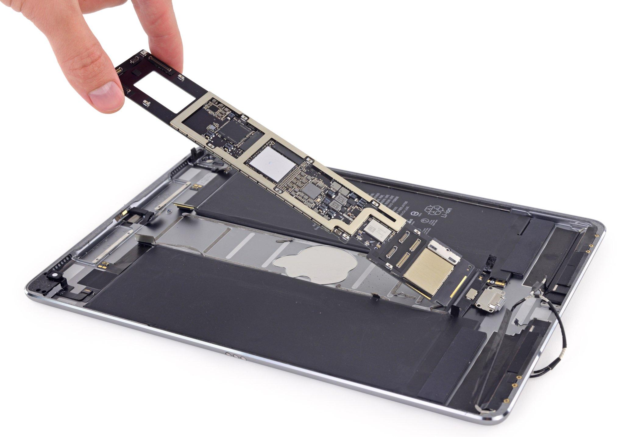 10.5-inch iPad Pro teardown image. 2018 iPad Pro models are said to run Apple's enhanced A12X Bionic chip.