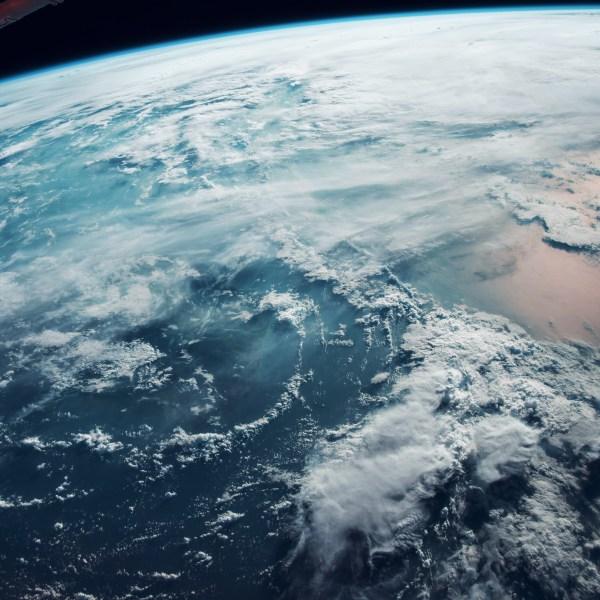 earth-sky-cloud-space-blue-sea-dark-ipad-pro wallpaper