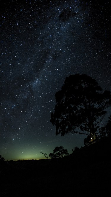 OLED wallpaper idownloadblog stars sky tent
