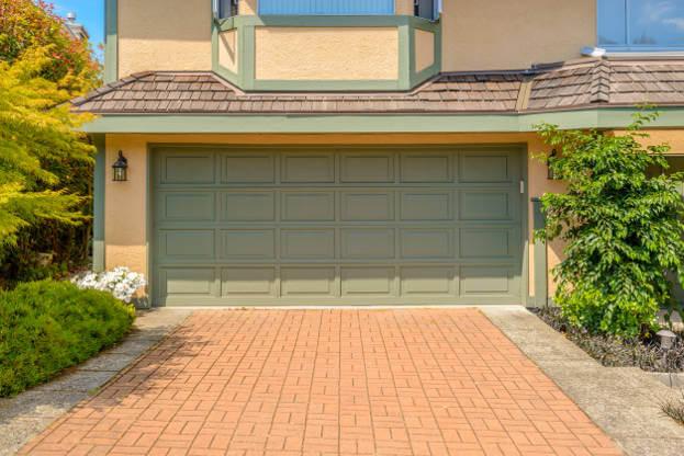 2016 Garage Door Trends | Garage Remodeling Costs on Garage Door Color  id=81360