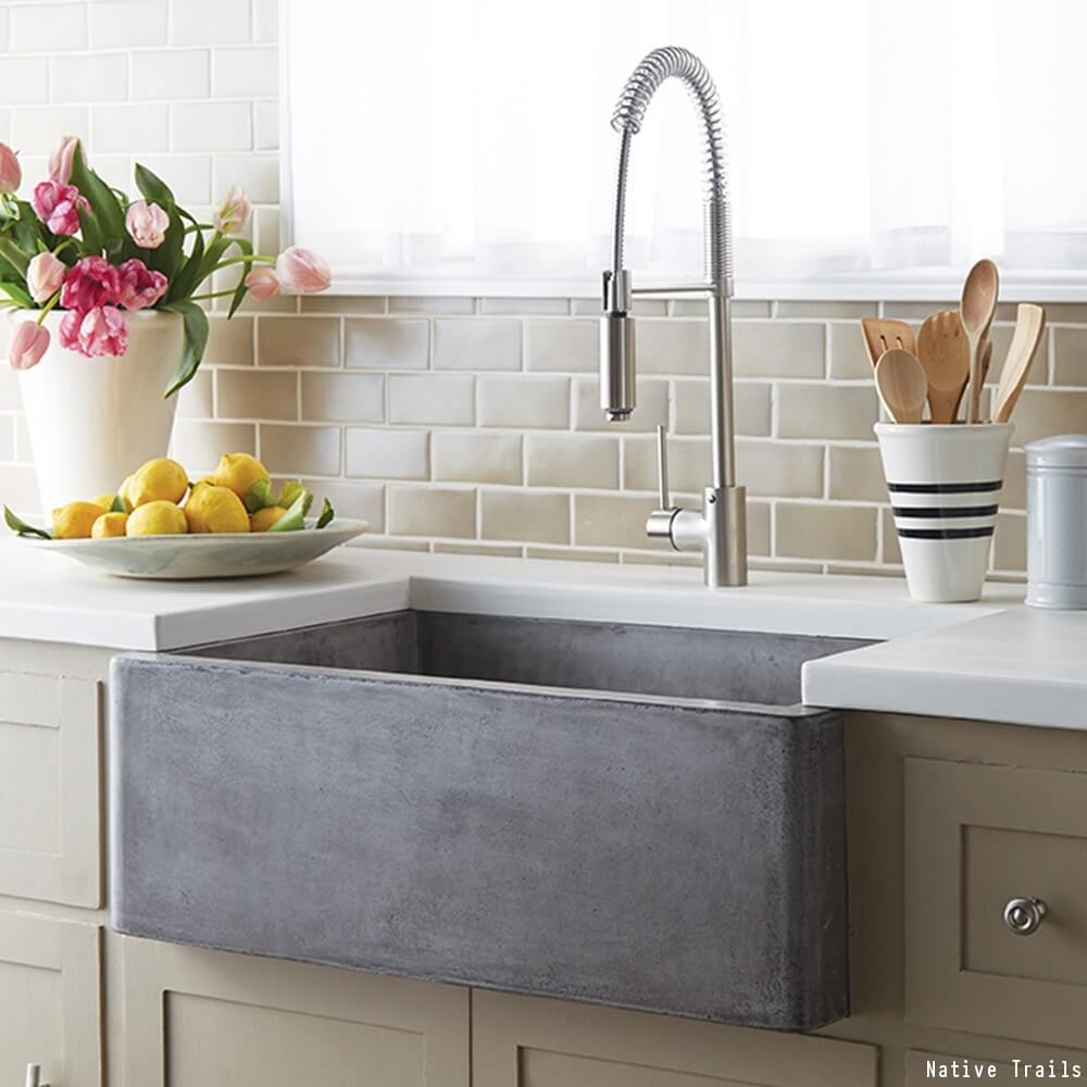 the pros cons of a farmhouse sink