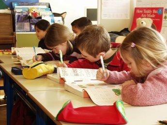children_writing2.jpg