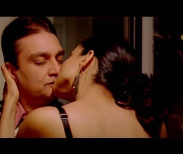 Gul Panag Hot Love Making Scene Straight Bollywood Movie Indiatimes Com