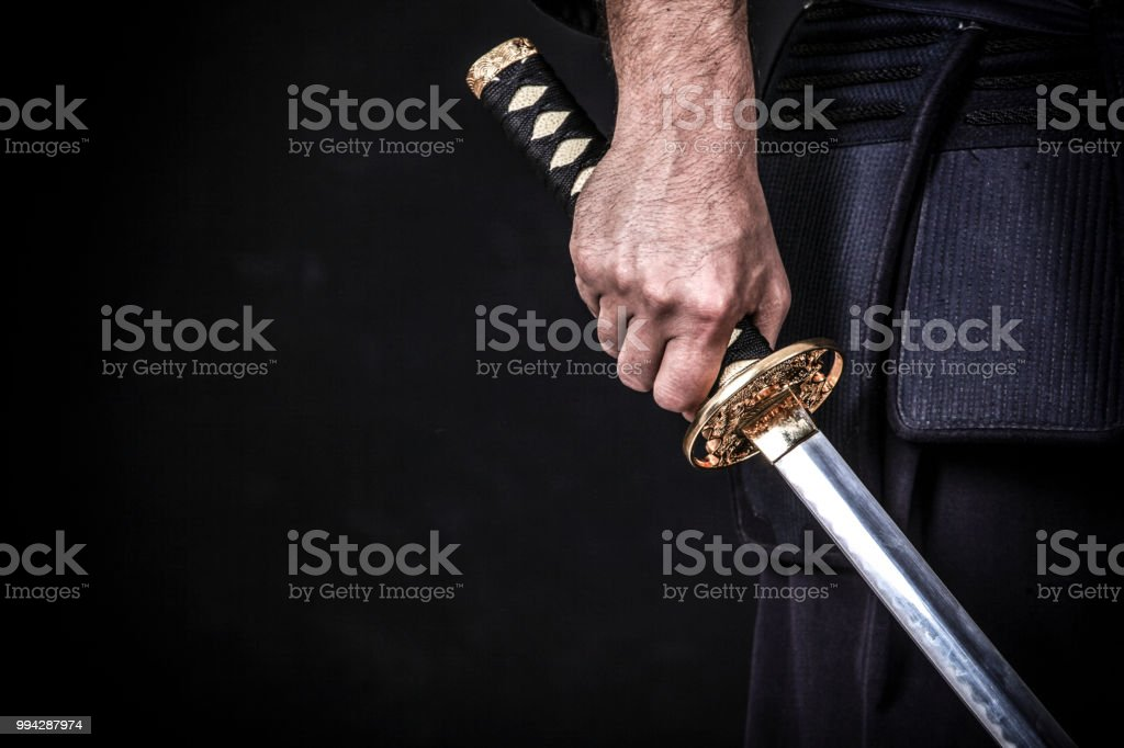 Due 2 giovani donne musulmane ragazze vendite shopping borse hijab moderno abiti abito walking. 36 Hands Holding Japanese Sword Black Background Stock Photos Pictures Royalty Free Images Istock