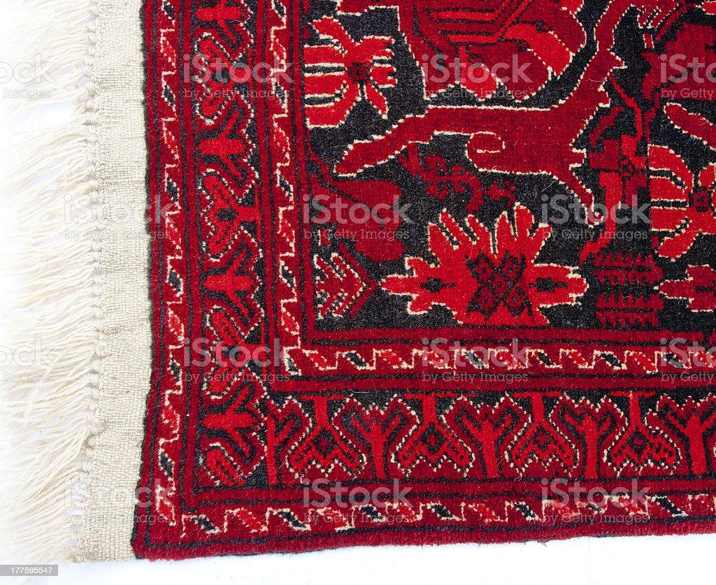 https www istockphoto com fr photo bord dun tapis persan ancien rouge gm177595547 26505649