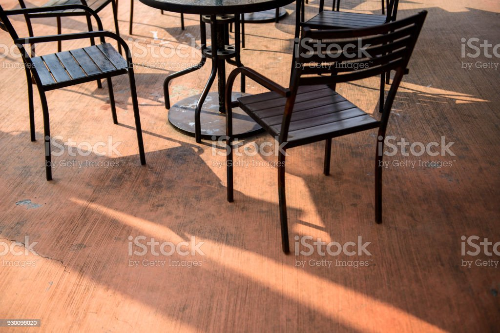 https www istockphoto com photo empty coffee shop with tables and chairs gm930096020 255023921