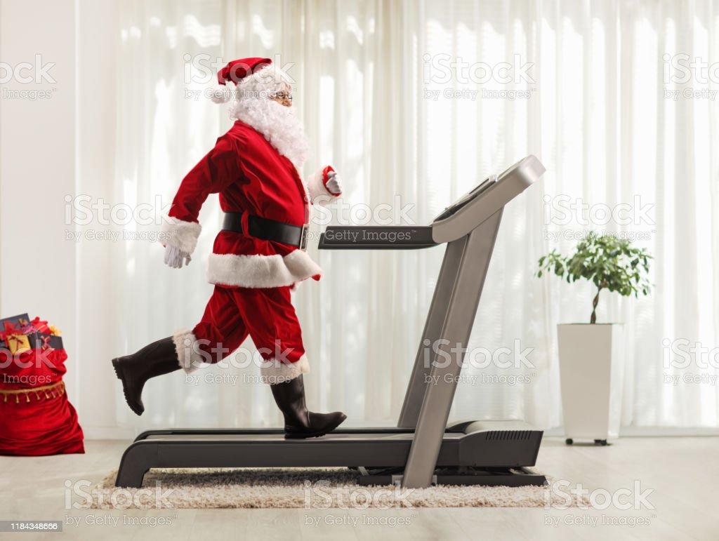 206 grafica vettoriale gratuita di babbo natale. Babbo Natale Fitness Foto E Immagini Stock Istock