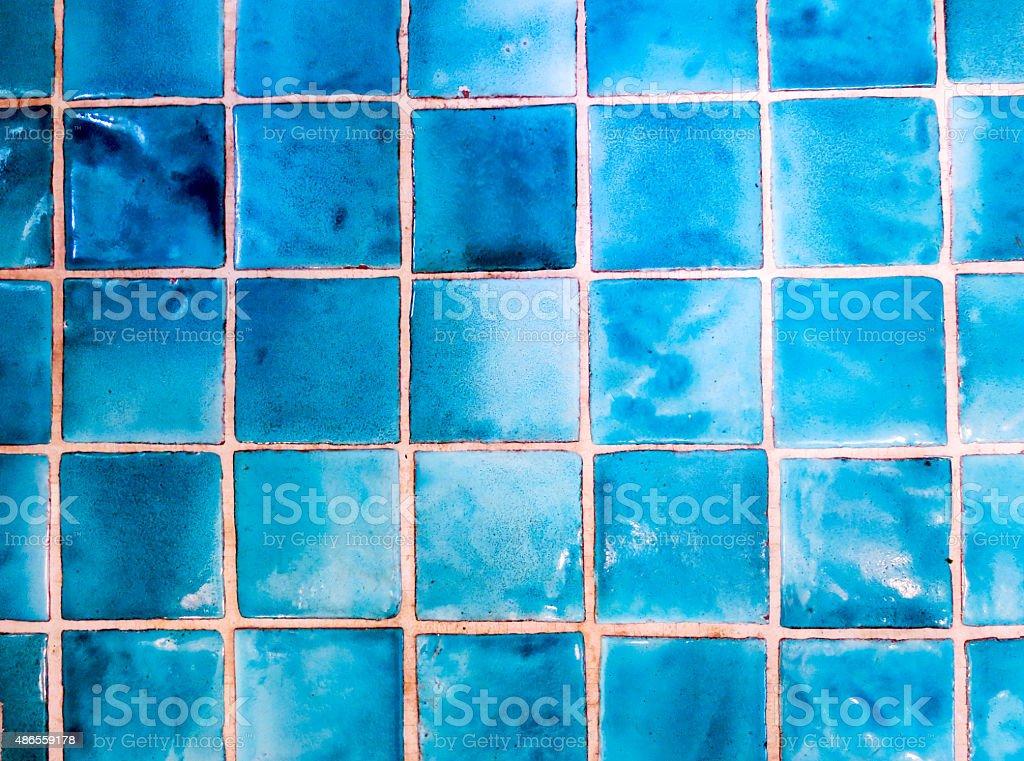 https www istockphoto com fr photo carrelage carr c3 a9 brillant bleu turquoise gm486559178 73282599