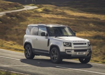 Land Rover Defender 90 P300