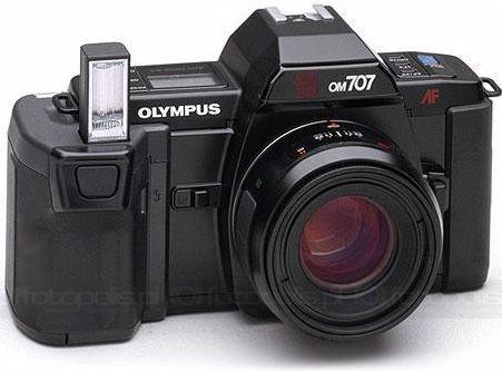 Olympus OM 707