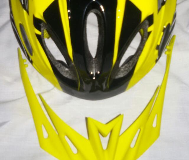 Giant Bike Helmet For Mtb Fixie Like Trinx Mosso Cannondale Giant Merida Mountain Bikes Sports Bicycles On Carousell