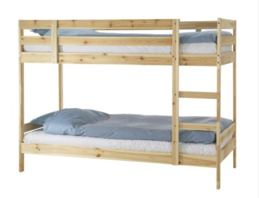 Like New Double Deck Pine Wood Bed Frame For Sale Furniture Beds Mattresses On Carousell