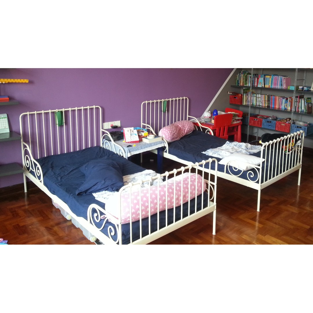 ikea minnen extendable kids bed only one available