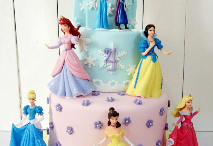 Disney Princess Cake Food Drinks Baked Goods On Carousell