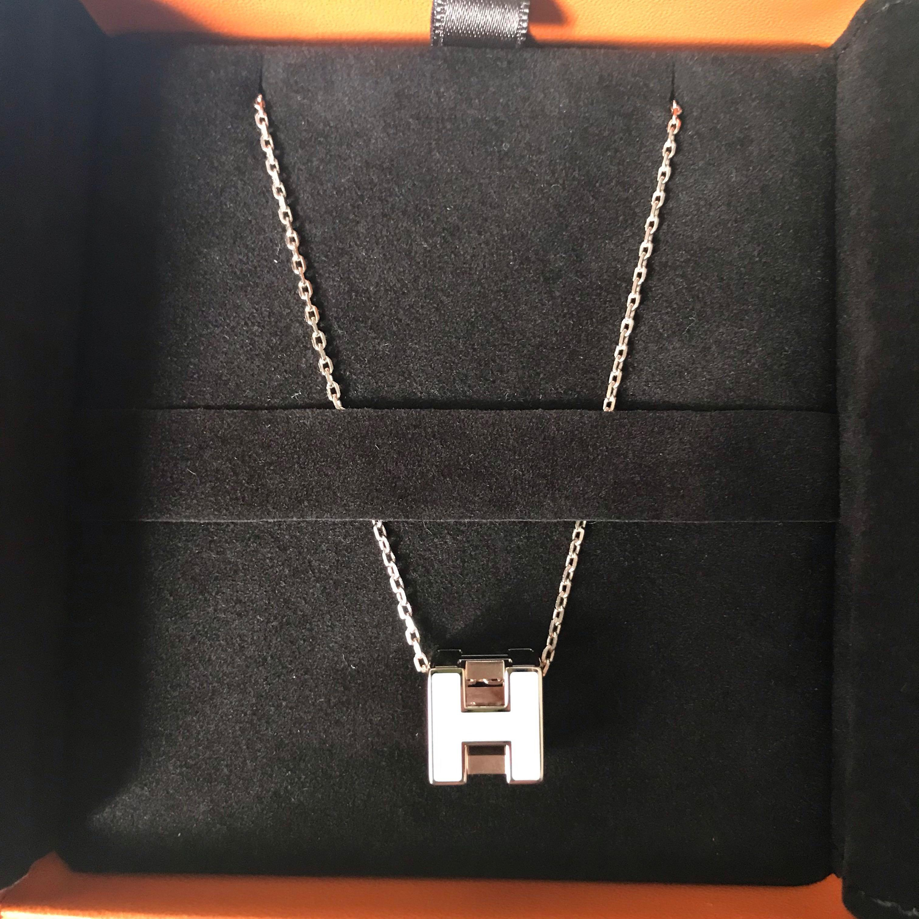 Brand New Hermes Cage H Necklace Womens Fashion Jewellery