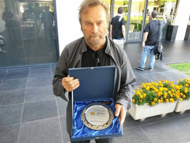 Zlatni Platan u rukama Franka Nera